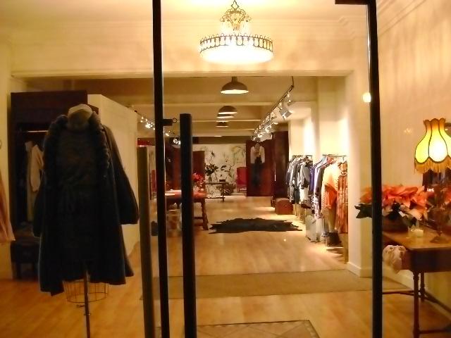 Las Divinas boutique