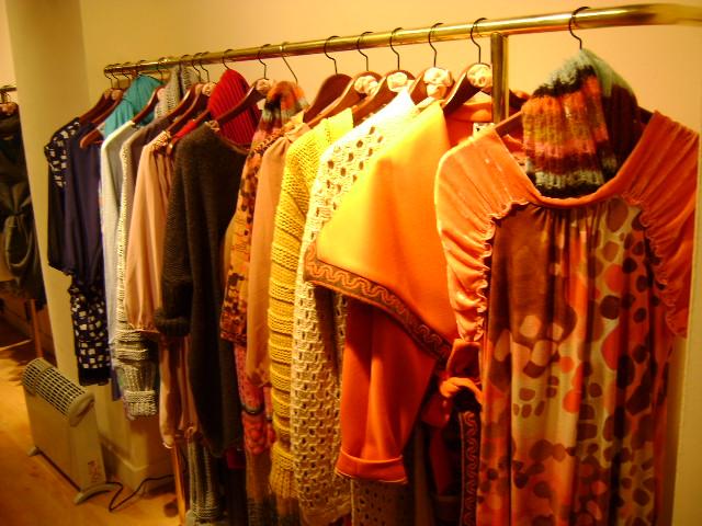 Las Divinas fashion store