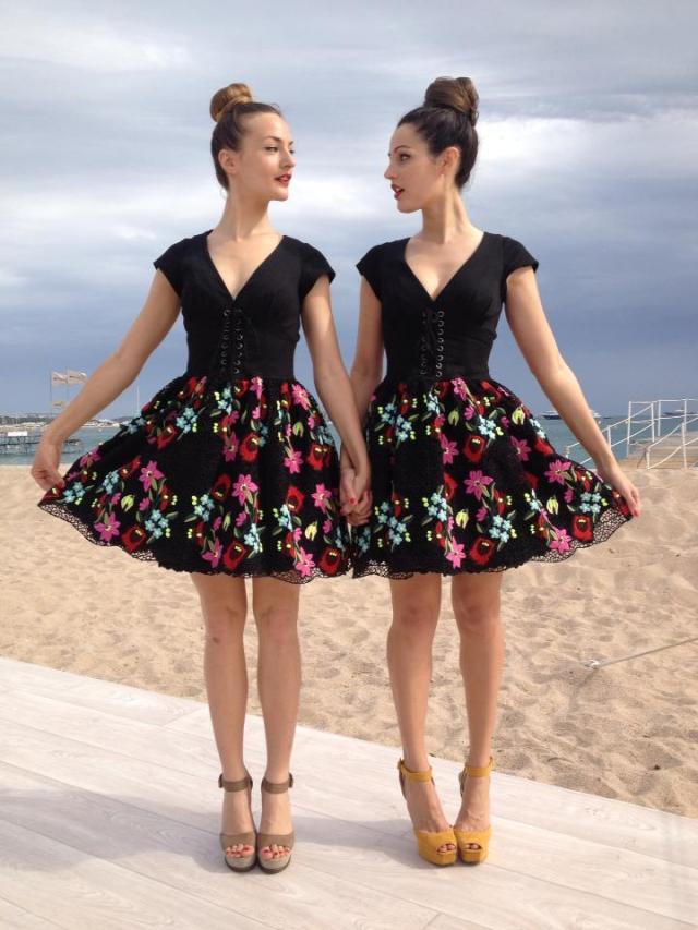 Martine&Martine à Cannes avec la robe Manoush Champêtre.