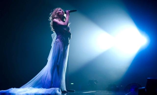 Kylie Minogue in Marchesa